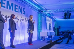 Jenni Ellegard spoke about her depression at a Siemens leadership conference, encouraging other employees to share their stories